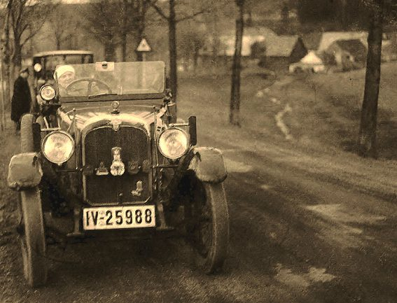 Das Geheimnis in alten Fotografien