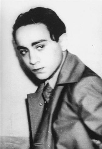 Herschel Grynspan kurz nach seiner Verhaftung am 7. November 1938, Autor: Unknown, Gemeinfrei