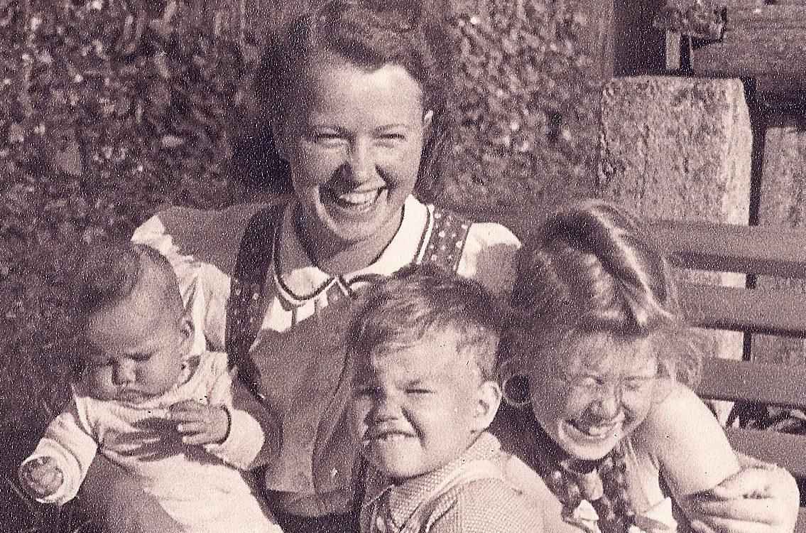 Was heißt schon Mutterliebe-Agentur für Bildbiographien