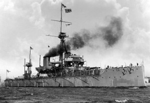 """HMS Dreadnought 1906"" von not stated - US Navy Historical Center Photo # NH 63367, gemeinfrei"