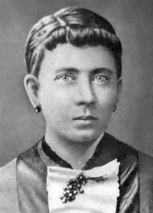 """""""Klara Hitler"""" von Unbekannt - forum.axishistory.com. Lizenziert unter Gemeinfrei über Wikimedia Commons"""