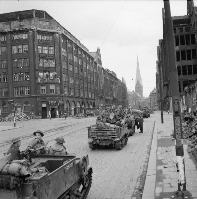 Einzug der britischen Armee in Hamburg, 3. Mai 1945