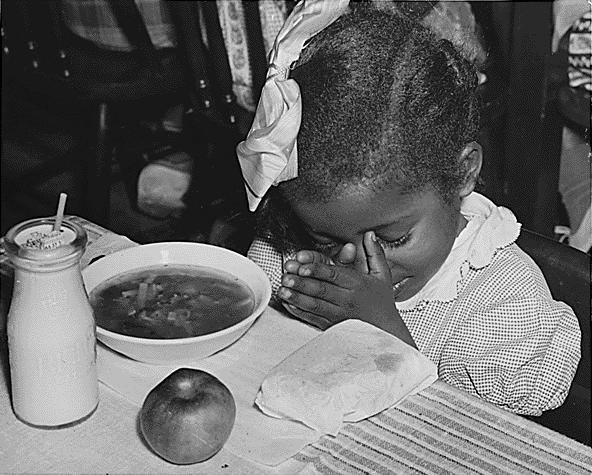"""Ein Schulspeisungsprogramm gegen die Unterernährung von Kindern war im Rahmen des """"New Deal"""" eine der Maßnahmen zur Linderung der Not"""
